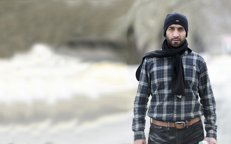 Hi, my name is Naved Ahmed.